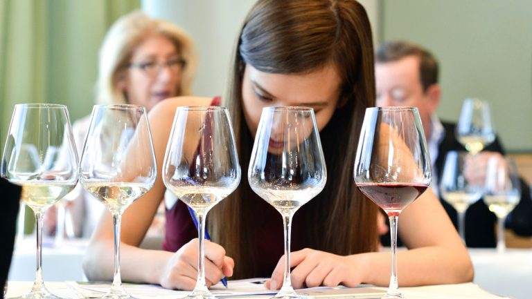 Vinexpo wine tasting