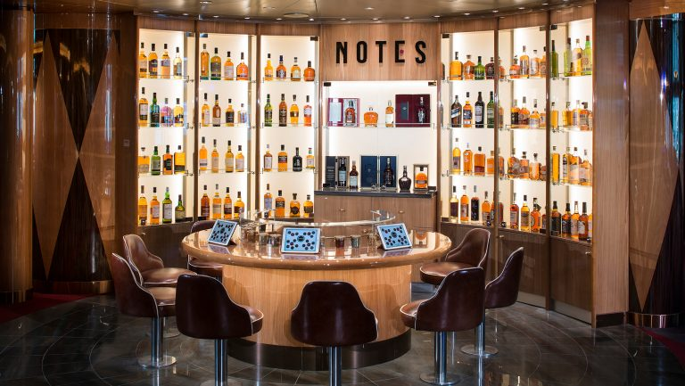 Notes whiskey bar